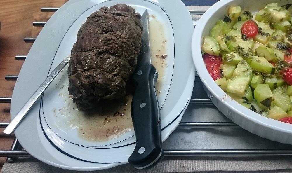 Runderrollade en groentes uit de oven